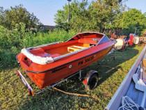 Barca Fletcher marina adusa acum Germania