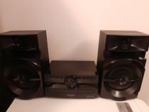 Panasonic CD sistem stereo cu telecomanda stare foarte buna.