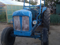 Tractor ford major defect