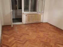 Apartament 3 camere cu 2 balcoane pe Bdul Traian