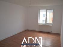 Apartament 2 camere, zona Sens, 56mp