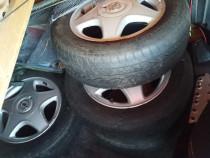 Roți de Opel Astra cu 4 șuruburi