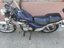 Motocicleta coper daelim 125