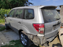 Dezmembrez Subaru forester 2.0d 2012