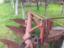 Plug de tractor