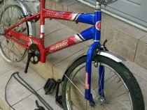 Bicicleta Copii 6/15 ani cea din poze foarte buna