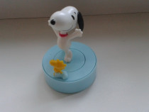 Jucarie Kinder Surprise Maxi- Snoopy in carusel