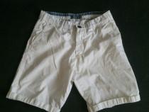 Pantaloni scurti pull&bear