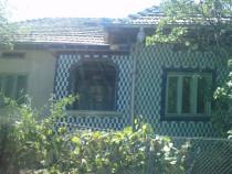 Casa cu 3 camere teren 2500 mp, comuna Devesel sud-est
