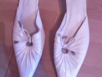 Pantofi marimea 40 dama