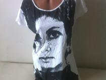 Tricou cu imprimeu alb/negru