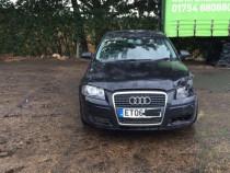 Bara fata Audi 8P cu defect