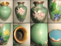 Deosebita vaza veche stil Cloisonne alama colorata cu defect