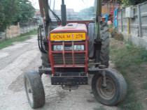Tractor case 585 cu incarcator