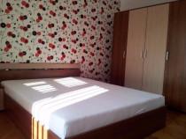 Inchiriez apartament 3 camere in P-ta 700