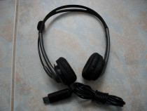 CASTI AUDIO inchise, culoare neagra, conexiune USB, microfon