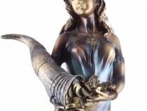 Statuie Mare Zeita Abundentei