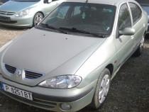 Dezmembrez Renault Megane 1-Motor 1,6-16 Valve-An 2000