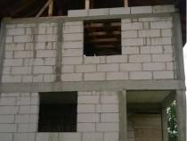 Casa plus teren in Curtea de Arges an 2016 Central