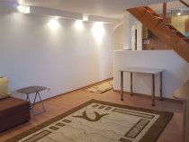 Inchiriez apartament 3 camere la mansarda mihai viteazul