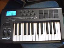 Axiom 25 M-audio 2017 midi in/out - 2 octave, clape mari