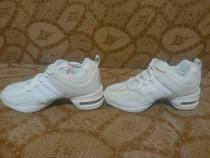Sneakersi dans si fitness