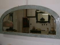 Oglinda veche din cristal cu rama din lemn, reconditionata