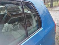 Geam fix stanga spate VW Golf 5, 2006