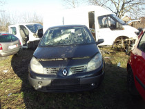 Dezmembrez Renault Scenic 2 1.5dci 2005 motor cutoe carlig