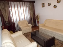 Apartament 4 camere , decomandat , zona Valea Aurie, et 1