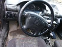Opel astra F motor 1,7 Isuzu și motor benzina dezmembrez