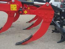 Scarificator cu sistem de siguranta hidro-pneumatic