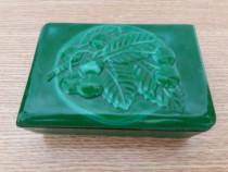 Caseta din ceramica portelanata pentru bijuterii (chei,marun
