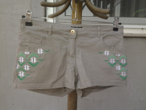 HM - pantaloni scurti mar. 38 / M