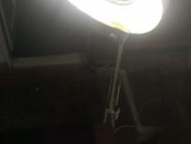 Lampa reglabila 1.40 m ideala in diverse domenii de activita