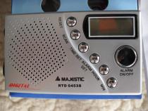 MAJESTIC, model RTD 0453S, Italia, radio digital FM, cu ceas