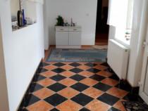 Casă 3 camere bucătărie baie Zimand Cuz