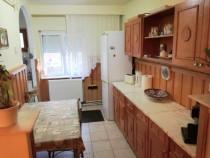 Apartament 3 camere și garaj, zona Eminescu