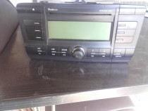 Cd player ( casetofon ) original skoda octavia 2