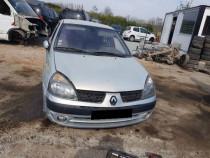Dezmembrez Renault Clio 1.6i 16v (1598cc-79kw-107hp)