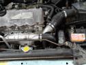 Motor Nissan Almera Tino 2001