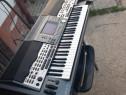 Orga Yamaha 9000