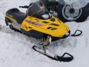 Snowmobil Bombardier Skii Doo