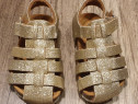 Sandale aurii superbe noi, 22 (interior 13 cm)