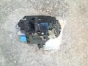 Incuietoare/modul vw polo 1.2 usa sofer benzina 2003