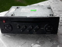 Radio cd original renault megane 2 * pret 100 ron fix ***