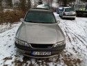 Dezmembrez Opel Vectra 1.6 benzina