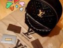 Rucsac Louis Vuitton new model logo metalic auriu