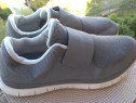 Adidasi Nike, mar.46,UK 11, (30 cm) made in Vietnam.