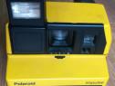 Polaroid Impulse cu blitz